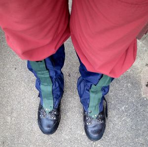 Anticipating deep mud I resorted to wearing gaiters as well as boots, clean when I left the house