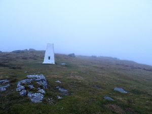 The top of Garn Wen at 425 metres, no view even of the immediate surrounding area.