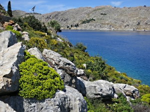 Towards Nimborio, sloping down to the sea