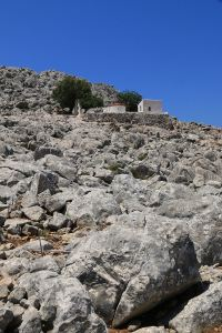 On the unmarked path below Agios Nikolaos Stenou monastery