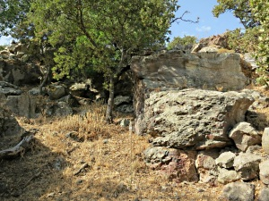 ...... circumventing dried up waterfalls down rocky outcrops